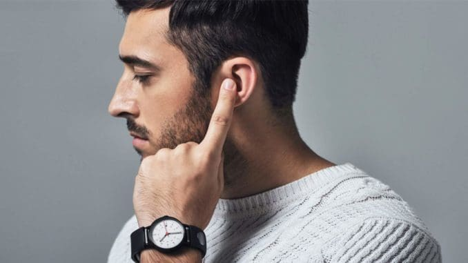 Sgnl, a Bracelet-Headset with Bone Conduction Actuator